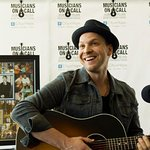 Gavin DeGraw Helps Launch Bedside Performance Program At City Of Hope