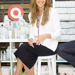 Jessica Alba Brings The Honest Company To Target