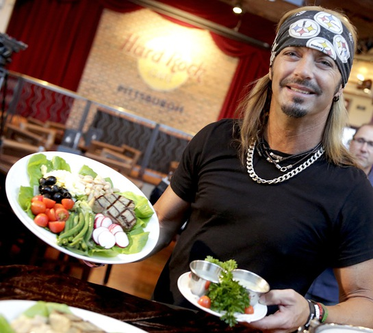 Bret Michaels stops by Hard Rock Cafe Pittsburgh to introduce the new Bret Salad
