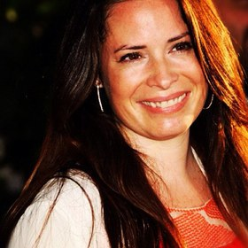 Holly Marie Combs: Charity Work & Causes - Look to the Stars