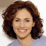 Amy Brenneman Raises Awareness Of Crohn's And Colitis