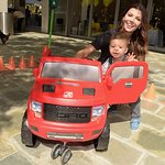 Ali Landry Hosts 3rd Annual Red CARpet Safety Awareness Event