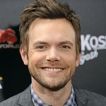 Joel McHale to Serve as Host at Friars Club ESPN Sports Roast Of Terry Bradshaw