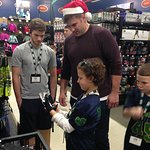 Todd Herremans And Dick's Sporting Goods Host Shopping Event For Kids