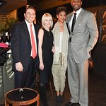 Alonzo Mourning Co-Hosts NBA All-Star Weekend Benefit