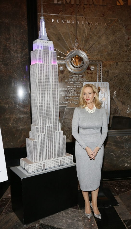 J.K. Rowling lights up the Empire State Building