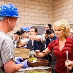 Pamela Anderson Goes To Jail To Promote Vegetarianism