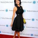 Brooke Burke-Charvet Attends World Of Children Award 2015 Alumni Honors
