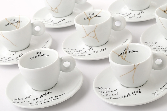 Yoko Ono: Mended Cups - illy Art Collection
