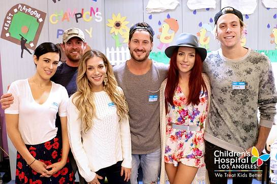 Dancing With The Stars Visit Children's Hospital Los Angeles