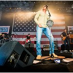 Trace Adkins Throws Down The Opry During USO Tour