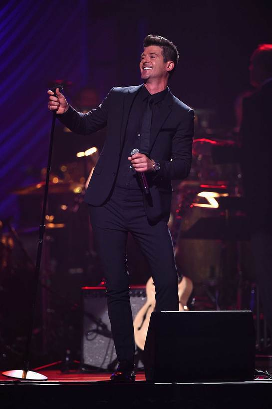 Robin Thicke at Keep memory Alive Gala