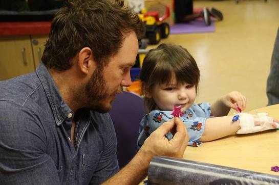 Chris Pratt Visits Patients at Our Lady Of The Lake Children's Hospital Over The Weekend