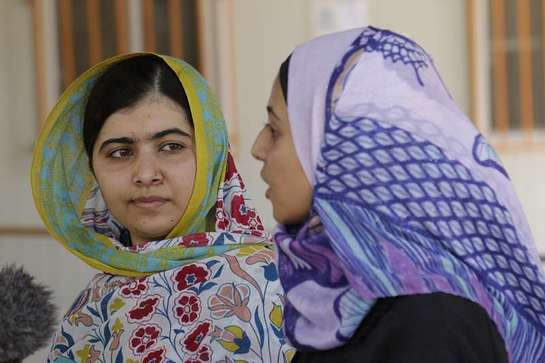 Malala visits Azraq refugee camp