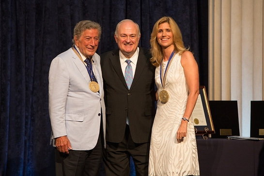 Tony Bennett and his wife Susan Benedetto honored by George Washington University for their commitment to the Arts.