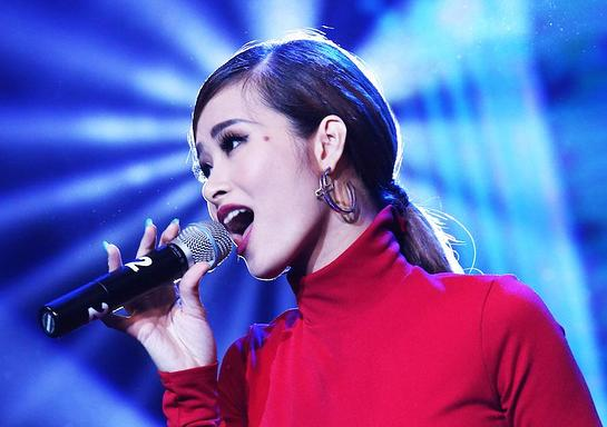 Vietnamese singer Dong Nhi performs on VTV's The Call of the Wild special for rhinos