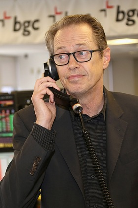 Steve Buscemi Trading with Clients to Support Charity Day